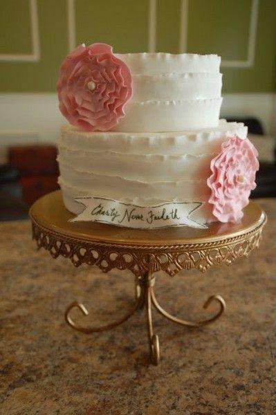 Great flower tutorial for vow renewal, wedding, girls cake.