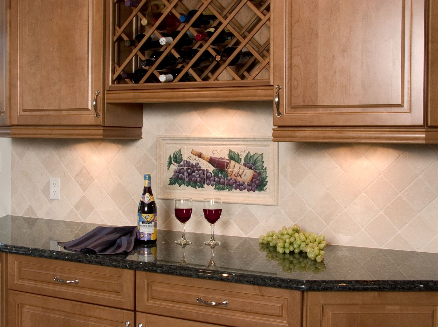 NDA Kitchens   Backsplash W/ Wine Mural