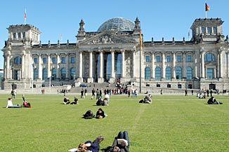 Reichstag Berlin Reichstagsgebaude Platz Der Republik Gebaude