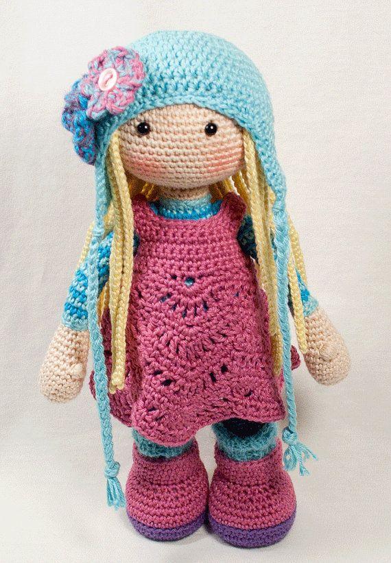 Crochet pattern for doll SUE (Deutsch, English, Français, Español, Nederlands)