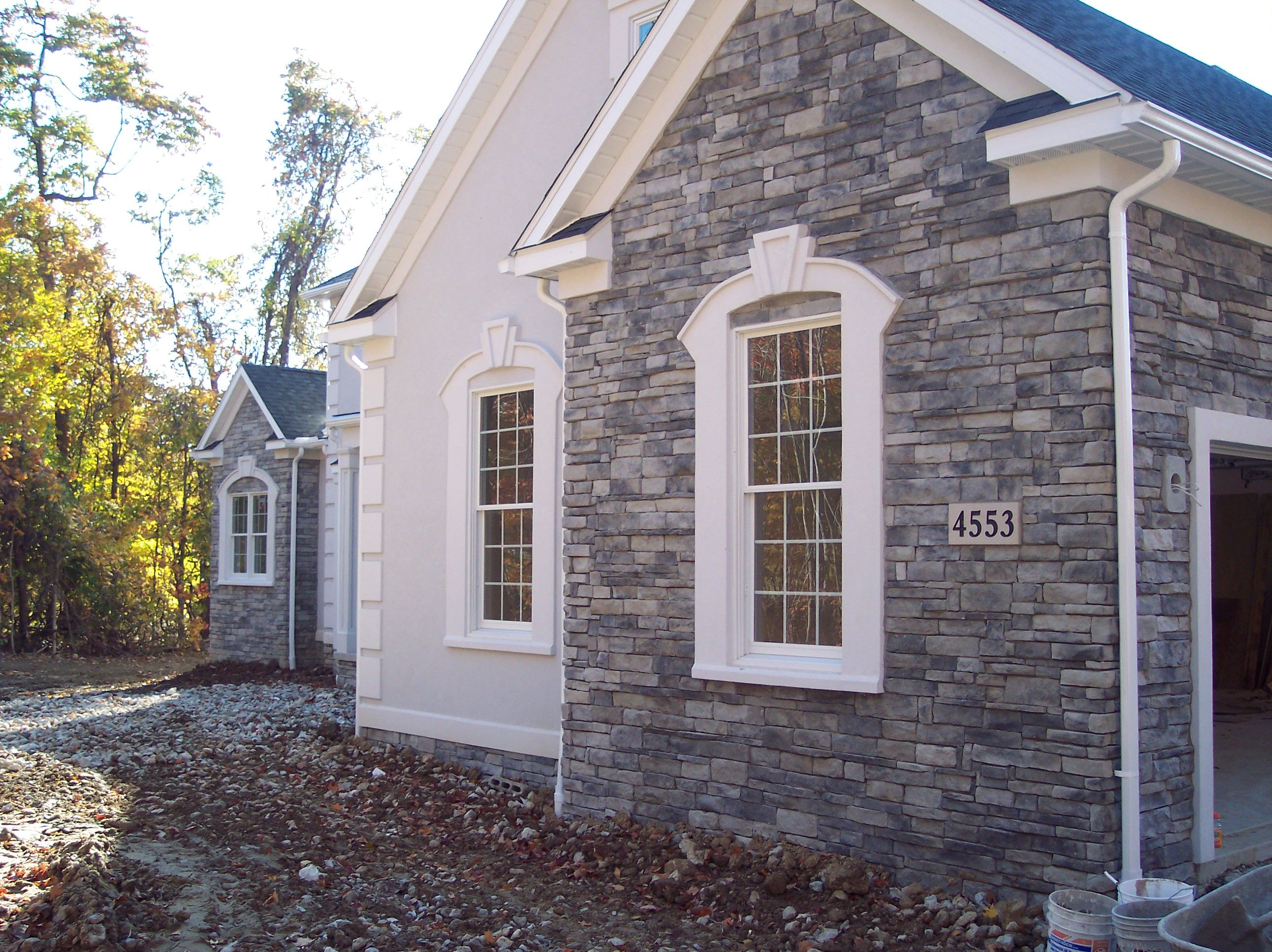 Stucco And Stone Veneer Woodbury Cement Products Manufactured Stone Veneer House Exterior