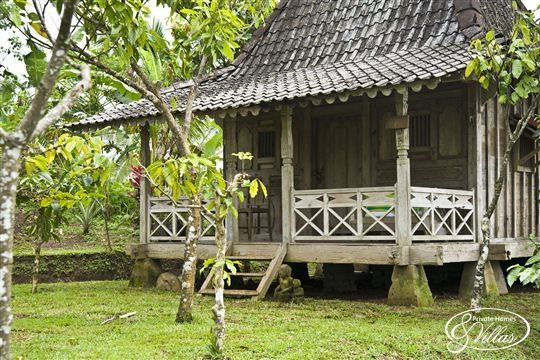 Joglo small house maison bois maison and cabane