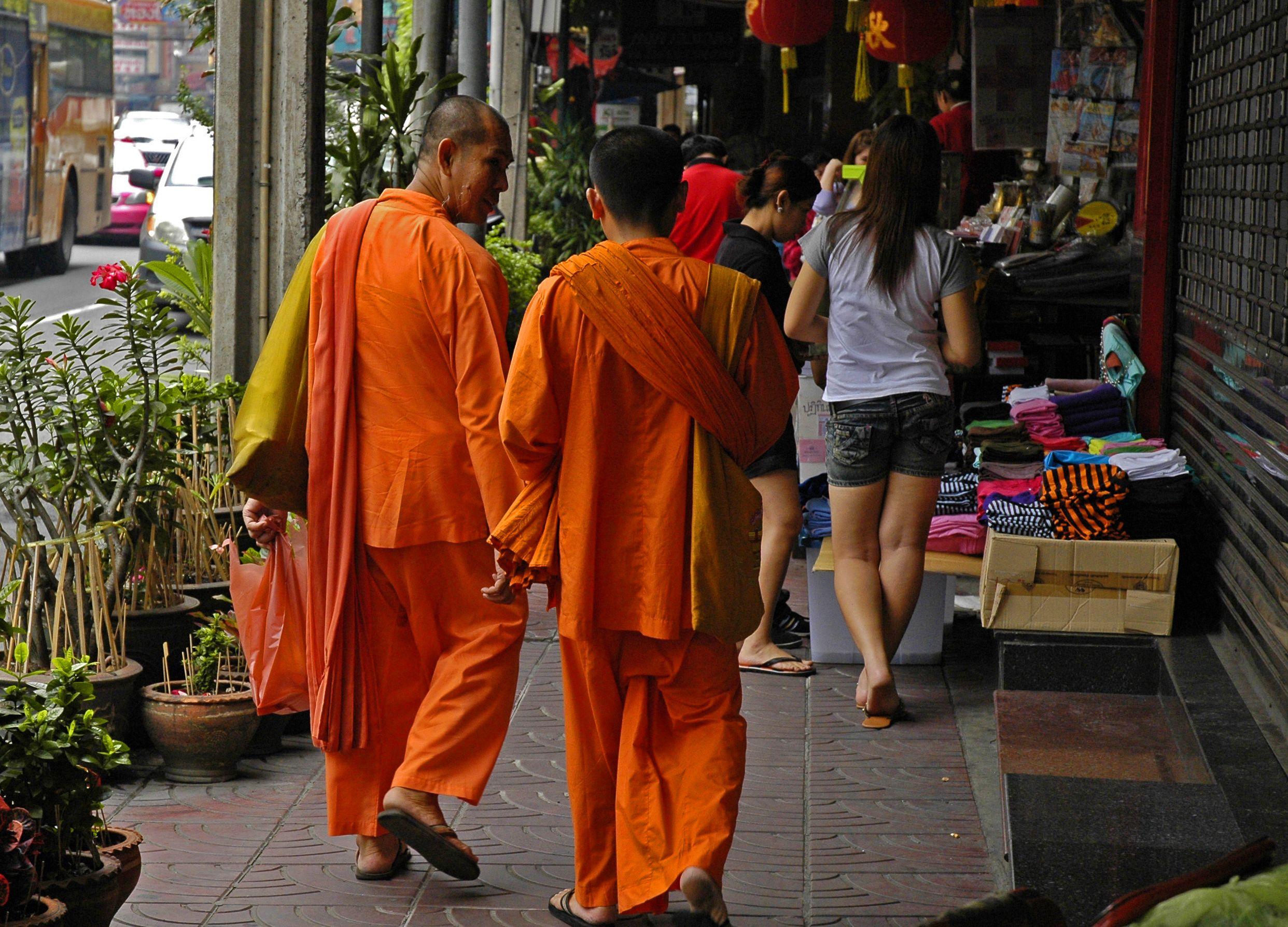 A journey into wat khao din