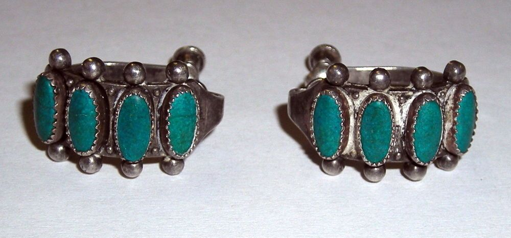 Vintage Native American Zuni Sterling Petit Point Needle Point Turquoise Earring