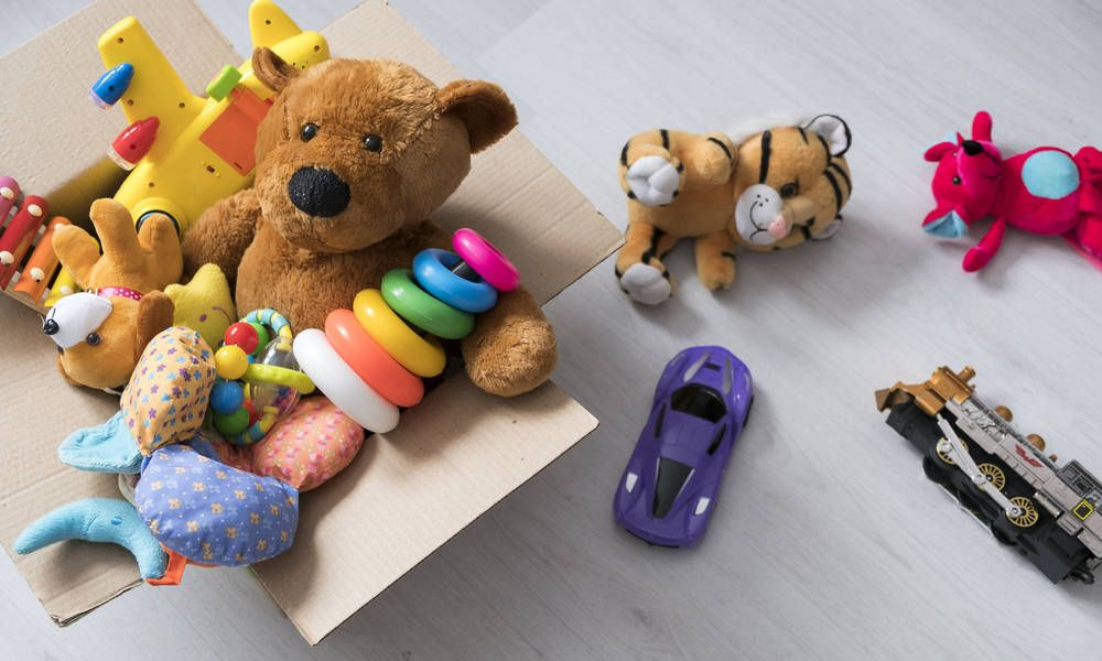 Content Strategy Lessons From Amazon S New Holiday Toy Catalog With Images Holiday Toys Toy Catalogs Toys