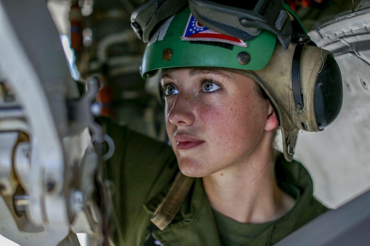 Warrior woman, Riding helmets, Hard hat