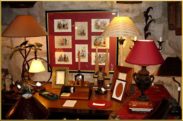 Ebene (home decorating shop) in St-Rémy-de-Provence