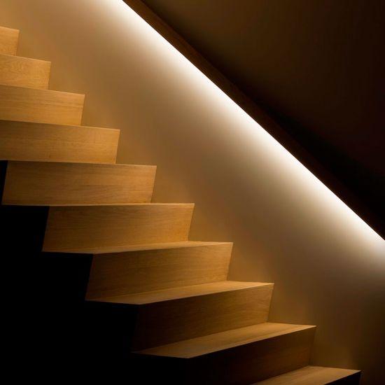 verlichting in trapleuning - verlichting | Pinterest - Verlichting ...