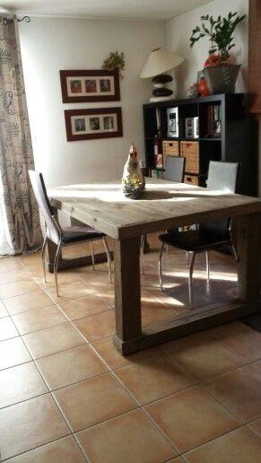 table campagne palettes et peinture brun taupe liberon en badigeon effet vieilli la paille de. Black Bedroom Furniture Sets. Home Design Ideas