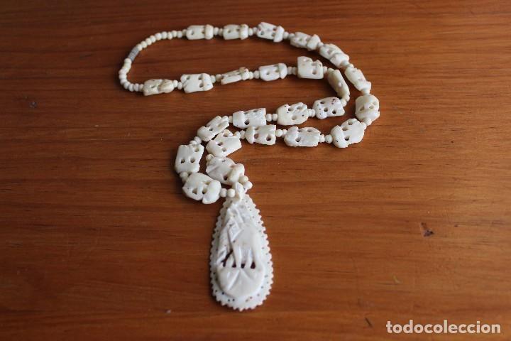 4f5d6a848cf9 Collar vintage de hueso o márfil con elefante tallado 58 cm + ...