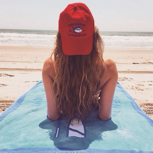 Southern tide summer vibes pinterest southern tide for Chicas desnudas en la piscina