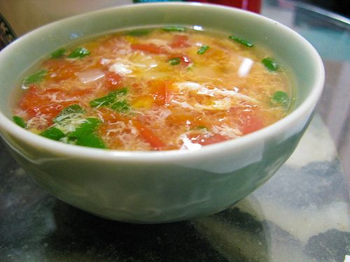Chinese tomato egg drop soup chinese vegetable recipes cuisine chinese tomato egg drop soup forumfinder Gallery