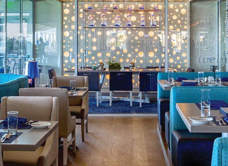 Diffe Laudes For A Seafood Restaurant When Stauing At Delray Sands Resort