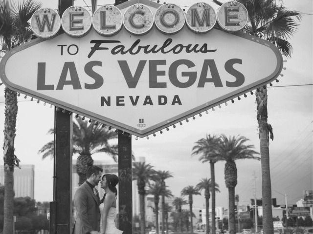 Jen Chris Wedding Spring Preserves Las Vegas Vacation Las Vegas Wedding Dresses Vegas Vacation