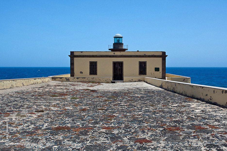 Faro Punta Martiño Isla de Lobos. Islas Canarias