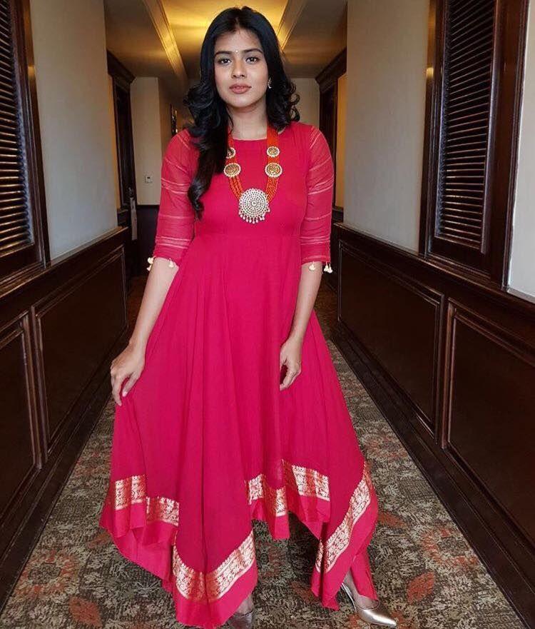 Sunaina Rao. <br>  Plot no.361 jyoti senate  102 2ndfloor rd no 24 jubilee hills. <br>  Hyderabad  India. <br>  Contact : 098854 03030.