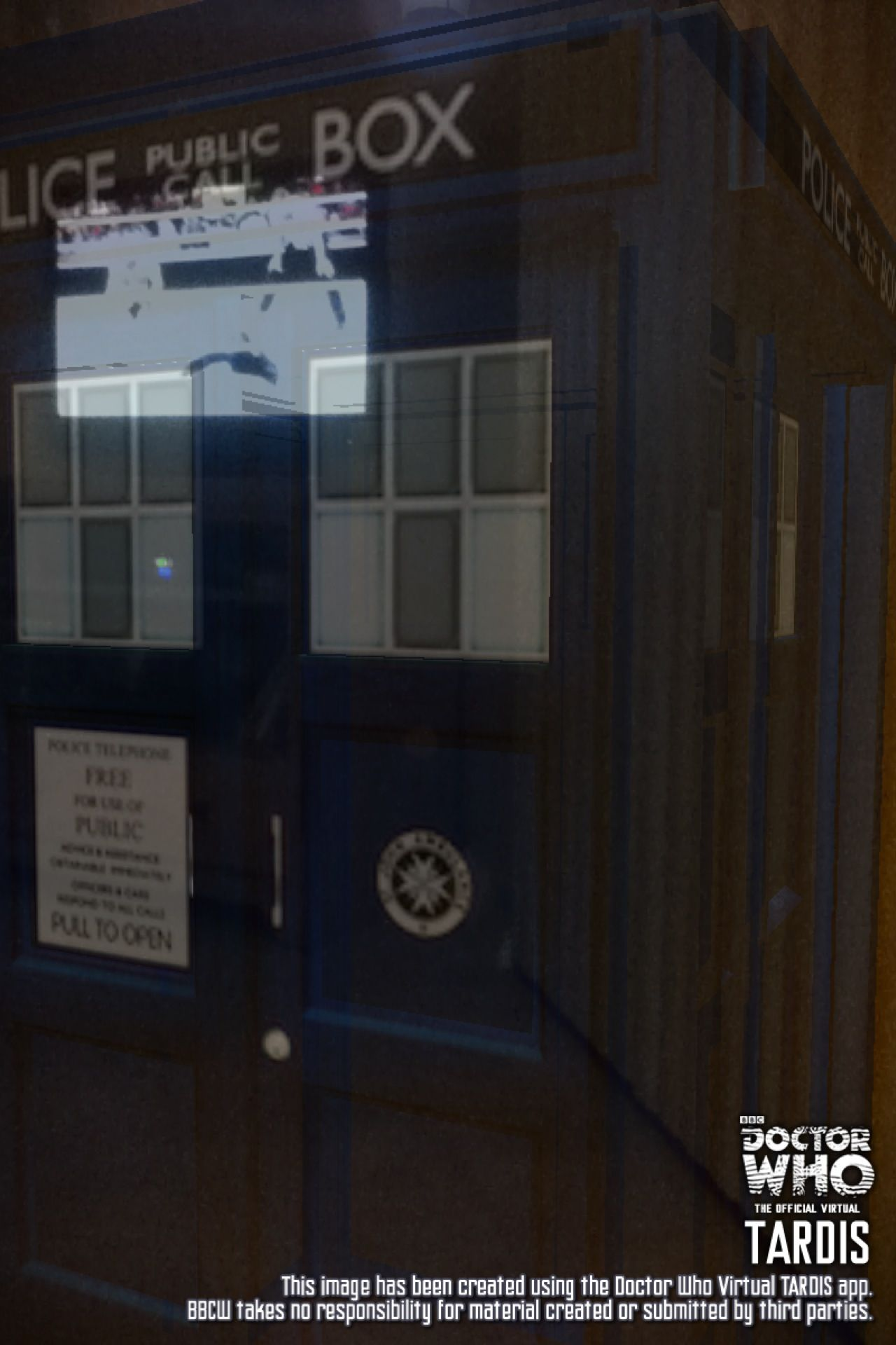 I'm watching the TARDIS dematerialize.... this is the best day of my life!!!!