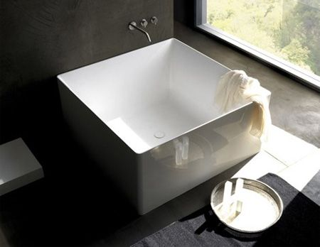Square Bathtub Symmetrical bathtub will look gorgeous in any modern ...