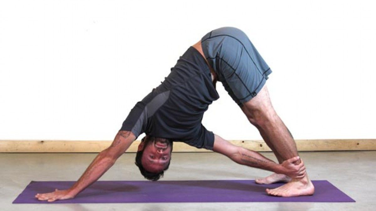 The 33 Best Yoga Poses For Kayakers  Yoga twist poses, Yoga poses