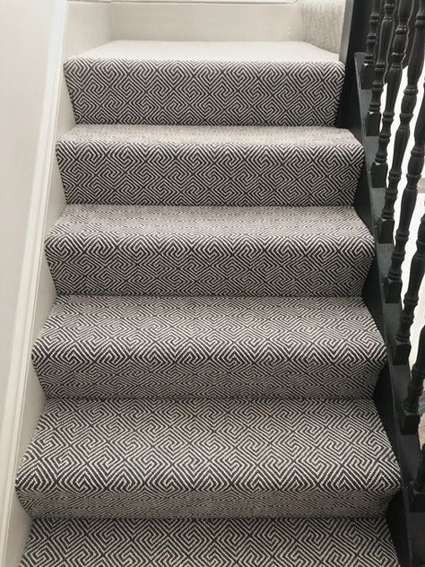 9 Carpeted Stair Ideas That Dont Feel Totally Dated In 2020 Carpet Stairs Patterned Stair Carpet Wool Stair Runner