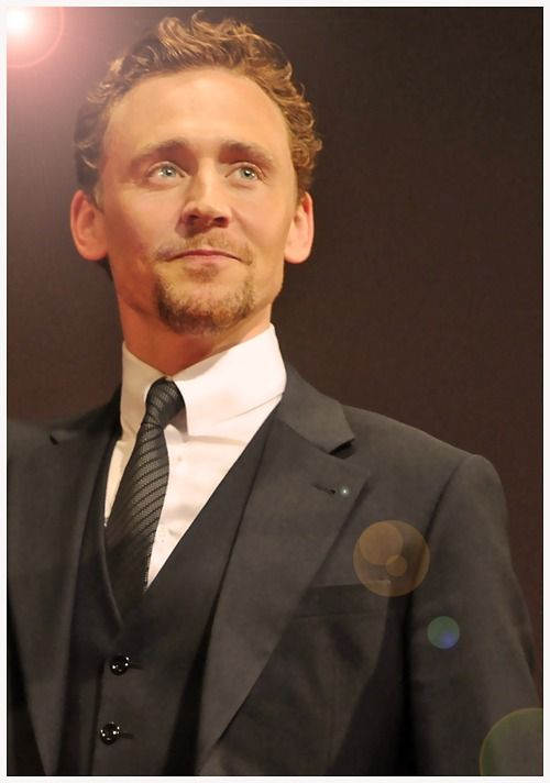 Tom Hiddleston - i can't take this anymore, too much cuteness <3