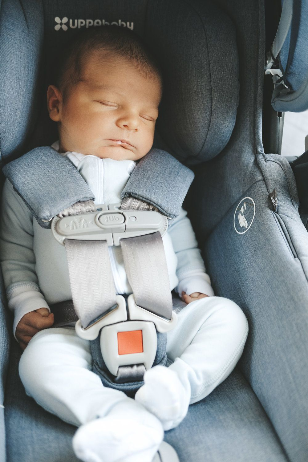 Wondrous Newborn Baby Essentials Youll Actually Use Baby Car Seats Machost Co Dining Chair Design Ideas Machostcouk