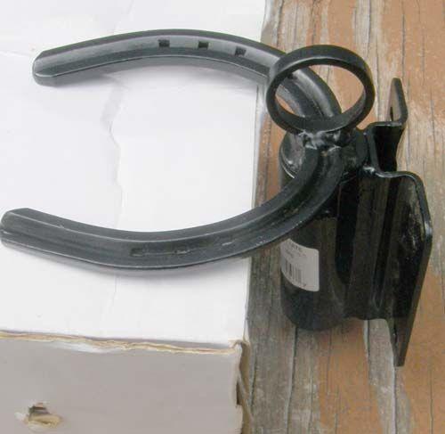 Breezy Gate Latch Horseshoe Gate Latch Spring Loaded Black Horse