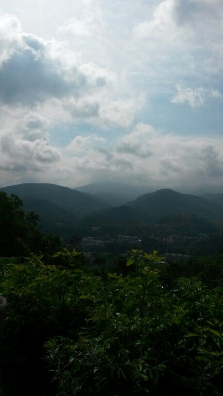 The beautiful smokey mountains in Nashville Tennessee
