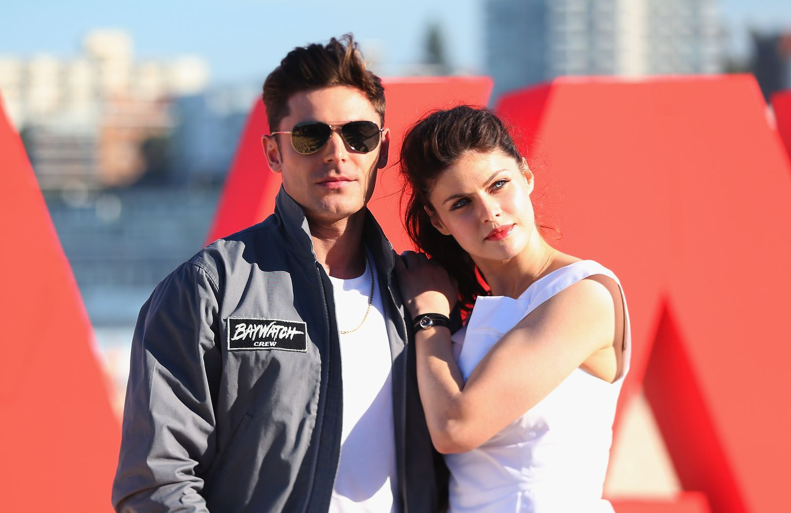 All The Evidence Zac Efron And Alexandra Daddario Are Dating In 2020 Alexandra Daddario Bikini Alexandra Daddario American Actors