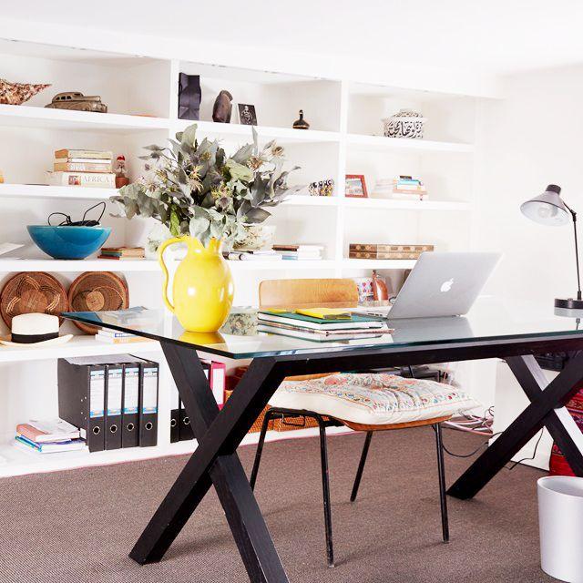 Tour+a+Parisian+Apartment+with+a+Bold+Use+of+Color+via+@MyDomaine