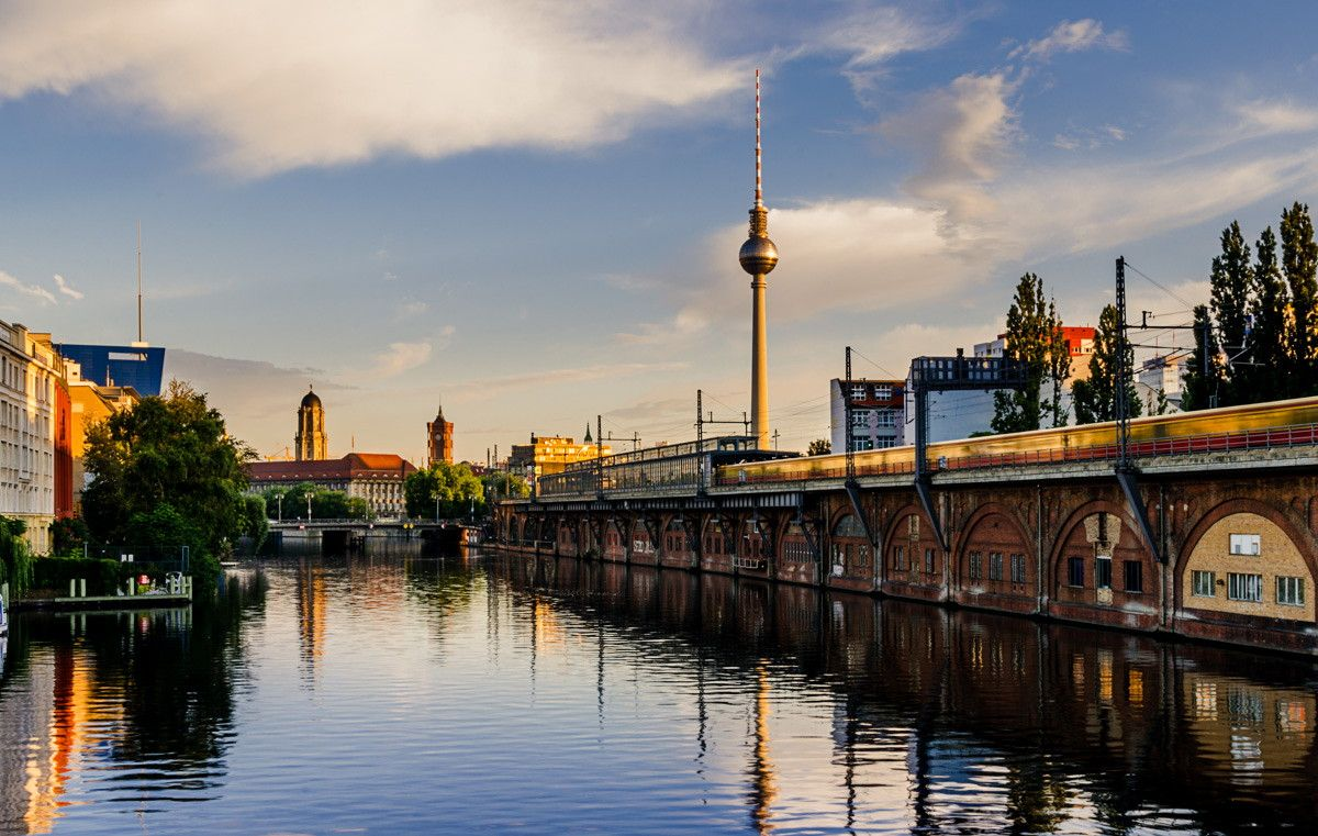 ღღ Berlin, Germany Sunrise at the Spree River ~~~ Morning in Berlin - Spree by Thomas Bechtle