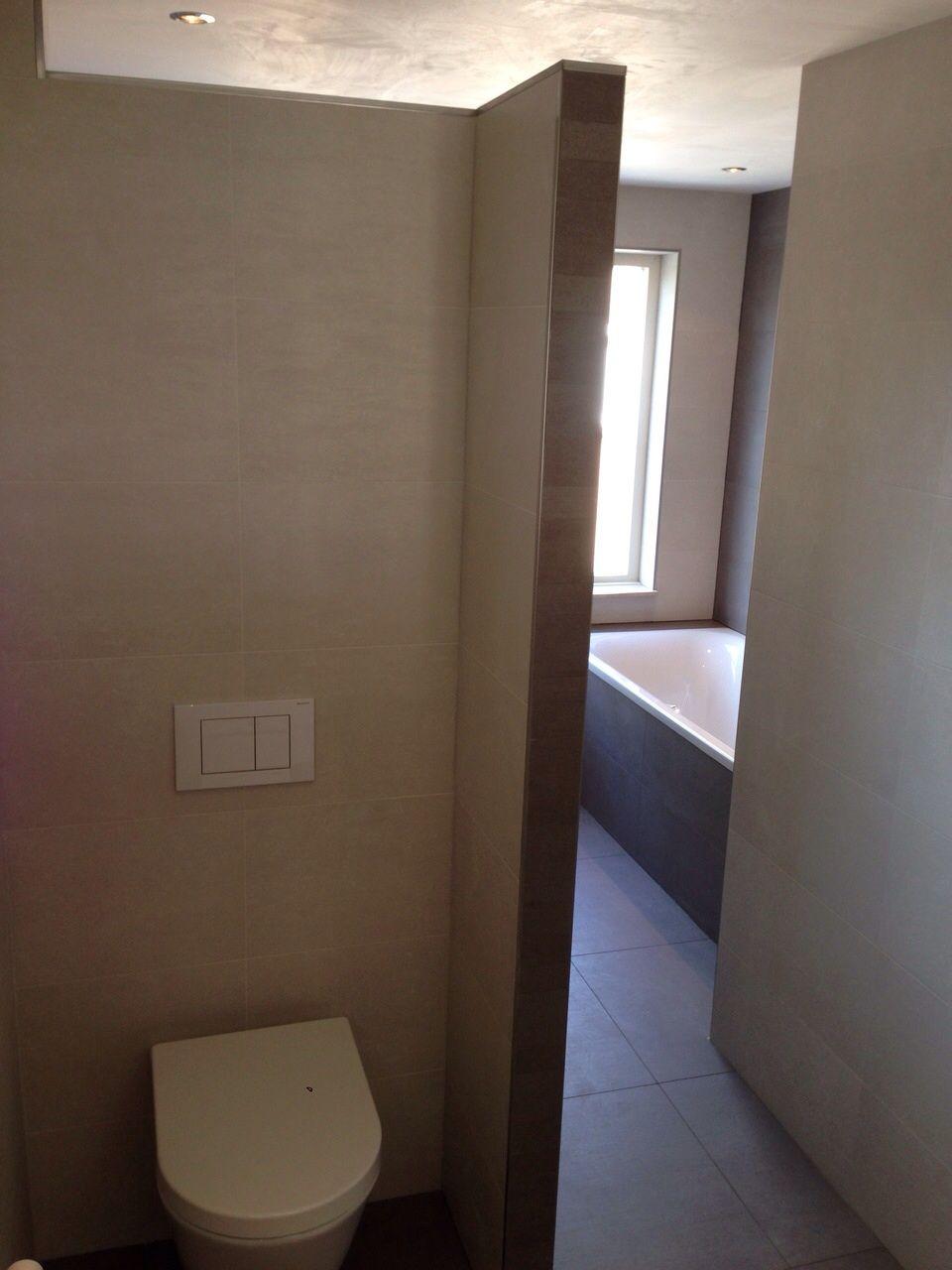 Gerealiseerde badkamer met stucplafond door Sanidrome Fleming in ...