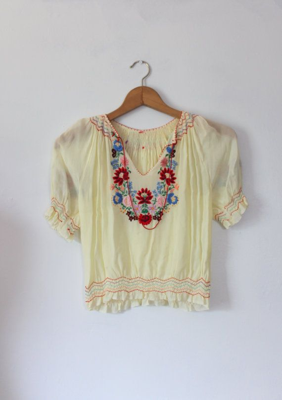 Vintage 1930s Hungarian Embroidered Peasant Blouse