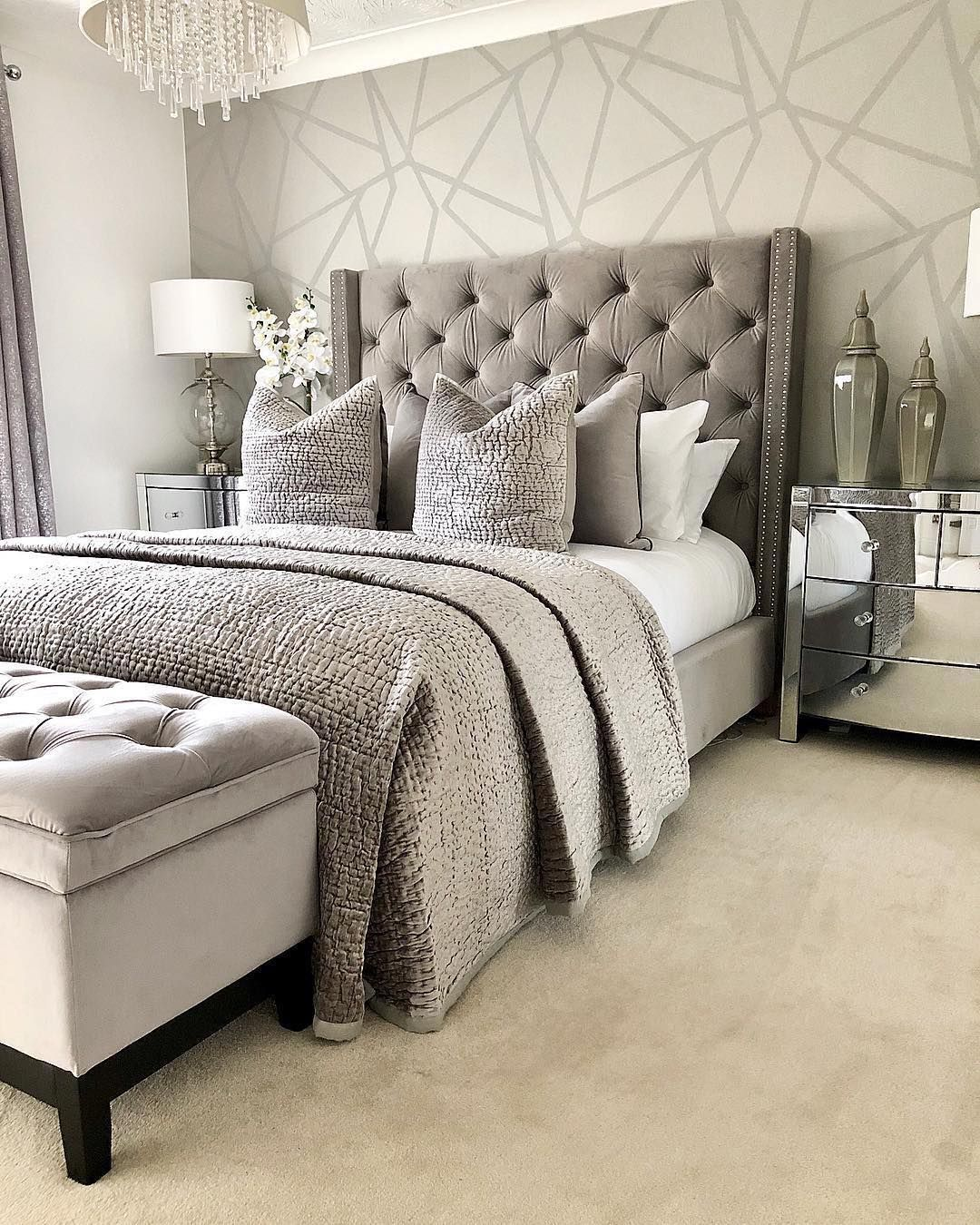 Sleep Tight Tonight In A Comfy Space Courtesy Of Our Collection Of Modern Day Bed Room Concepts Dis Bedroom Interior Stylish Bedroom Design Home Decor Bedroom
