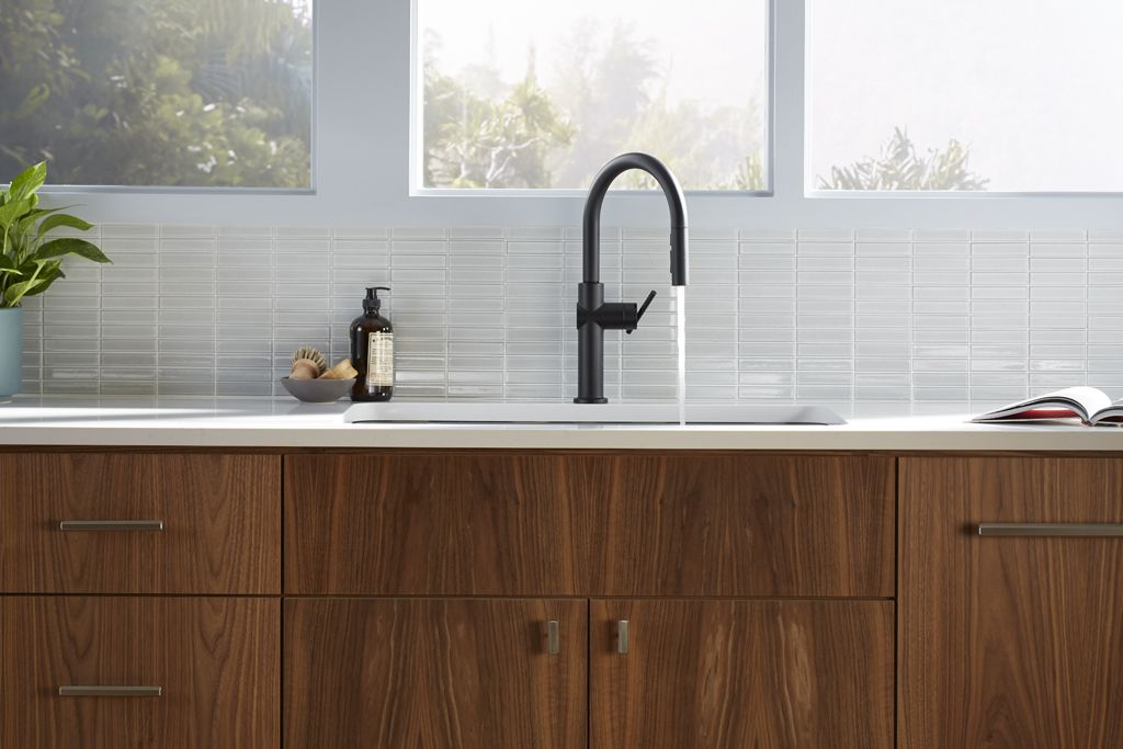 crue touchless kitchen faucet with