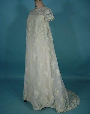 Antiquedress Com Wedding Wedding Gowns Vintage Antique Wedding Gown 1960s Wedding Dresses