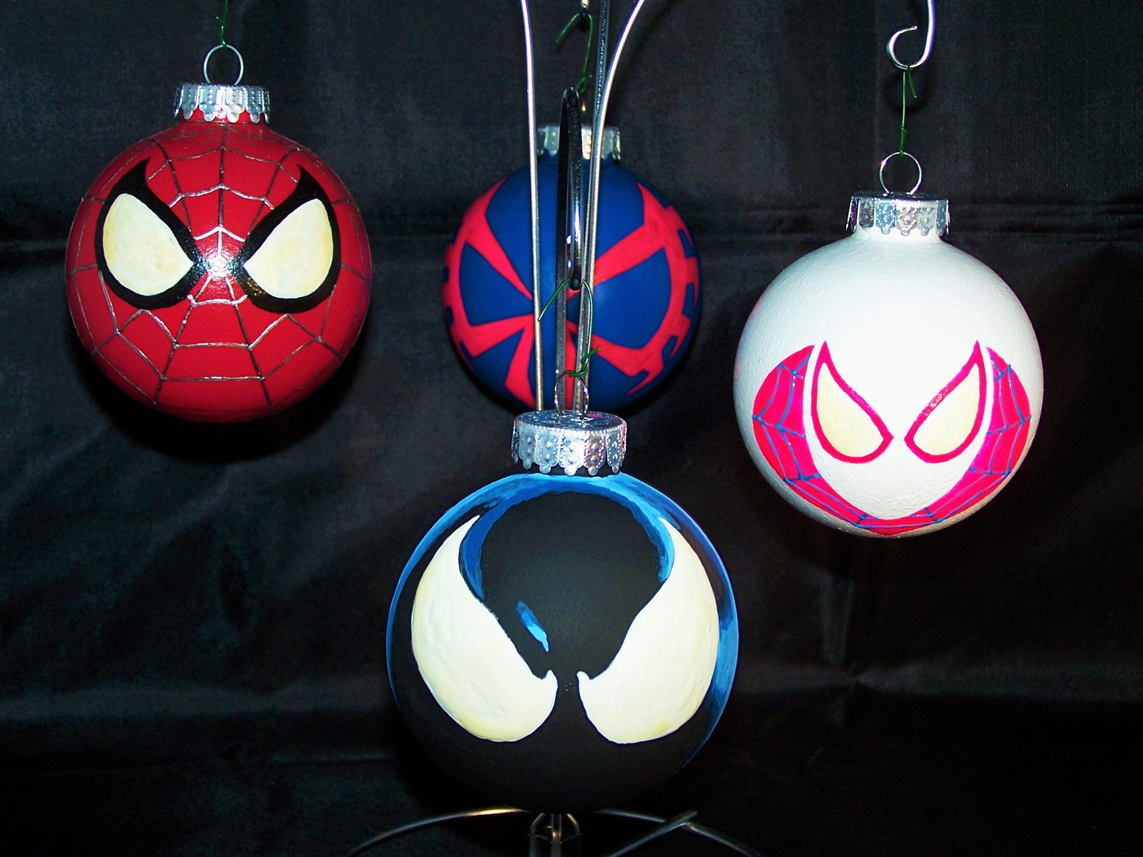 Spider Man Ornament W Glow In The Dark Eyes Etsy Custom Christmas Ornaments Christmas Decorations Apartment Marvel Ornaments