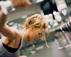 What an incentive to do those crunches! no sex required: women have orgasms at the gym