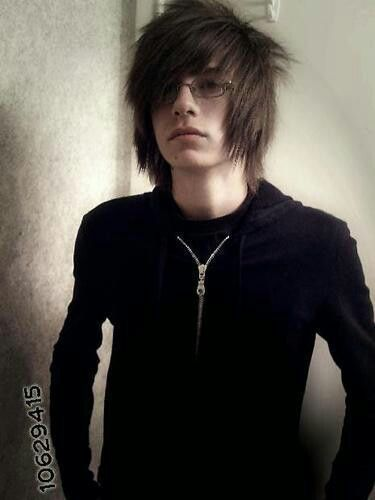 Emo guy with glasses *drools*