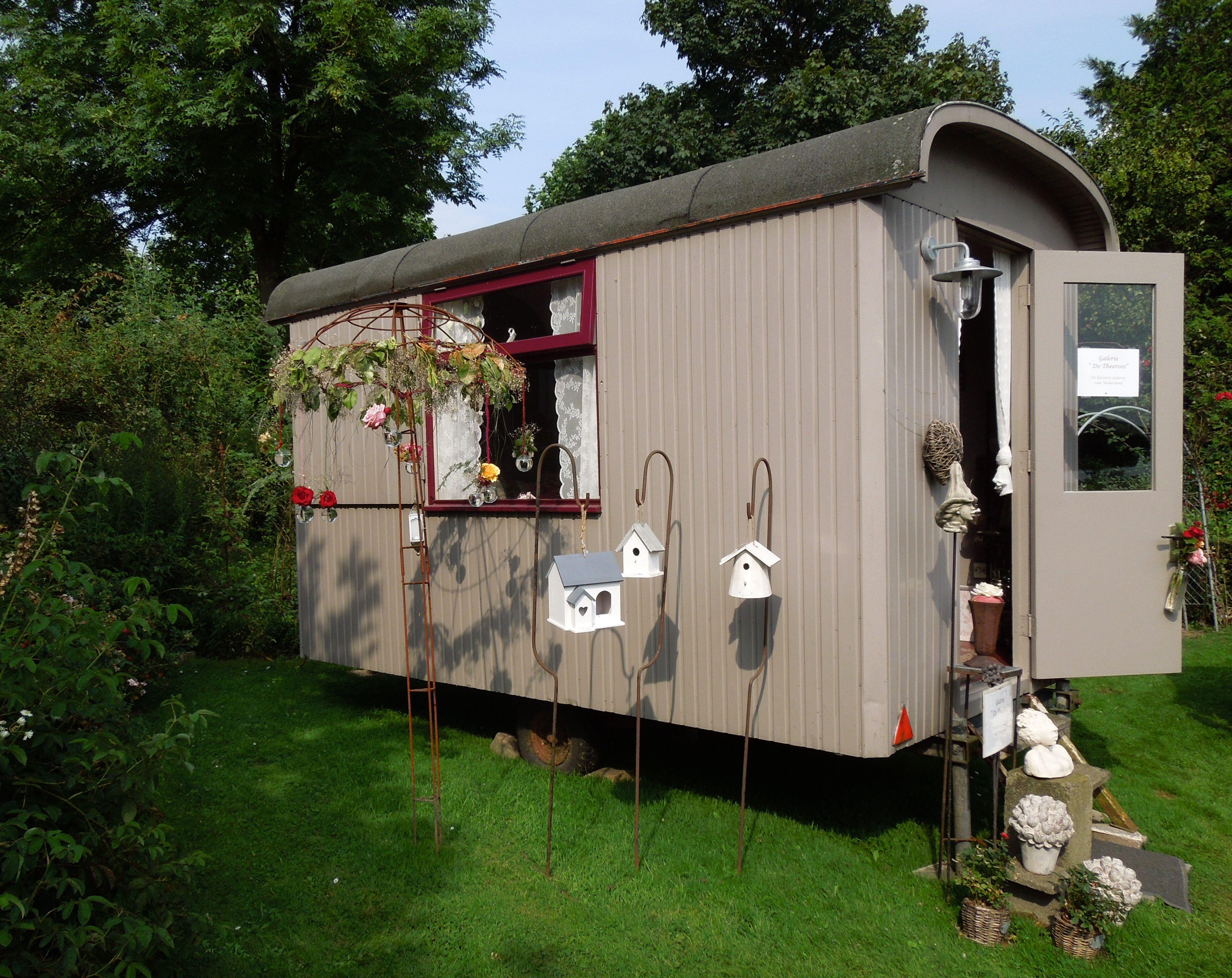 pipowagen gezien aan camping in rozendorp lottum in nederland gypsy wagon woonwagen. Black Bedroom Furniture Sets. Home Design Ideas