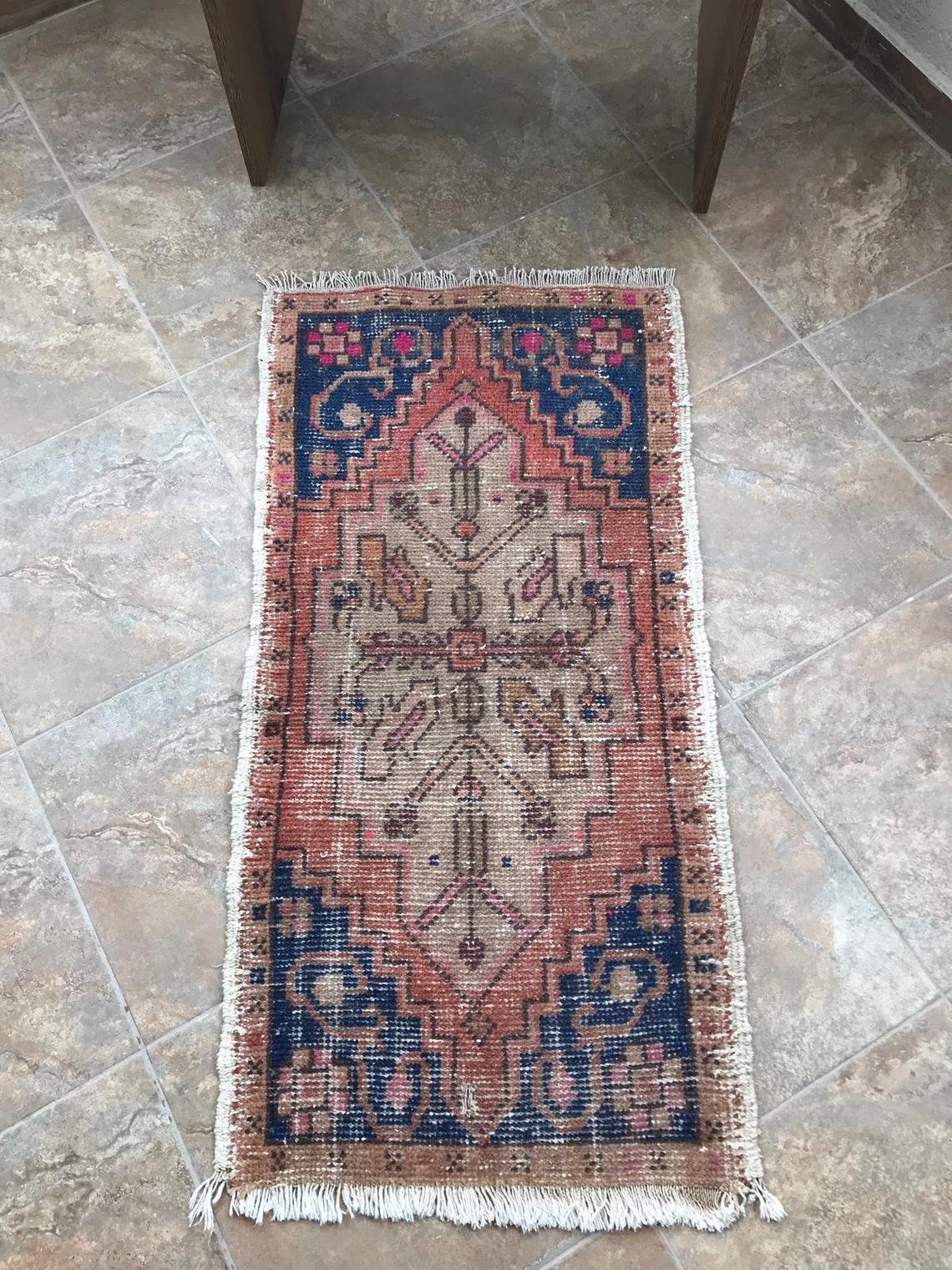 Carpet Bath Rug Vintage