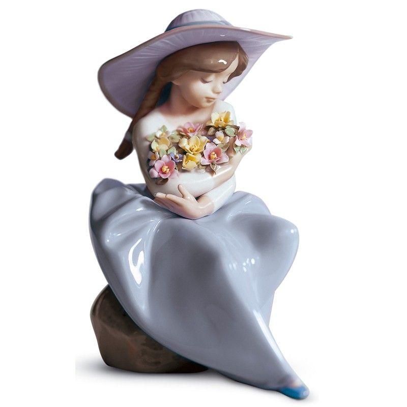 Lladro Porcelain Figurine Fragrant Bouquet ❤