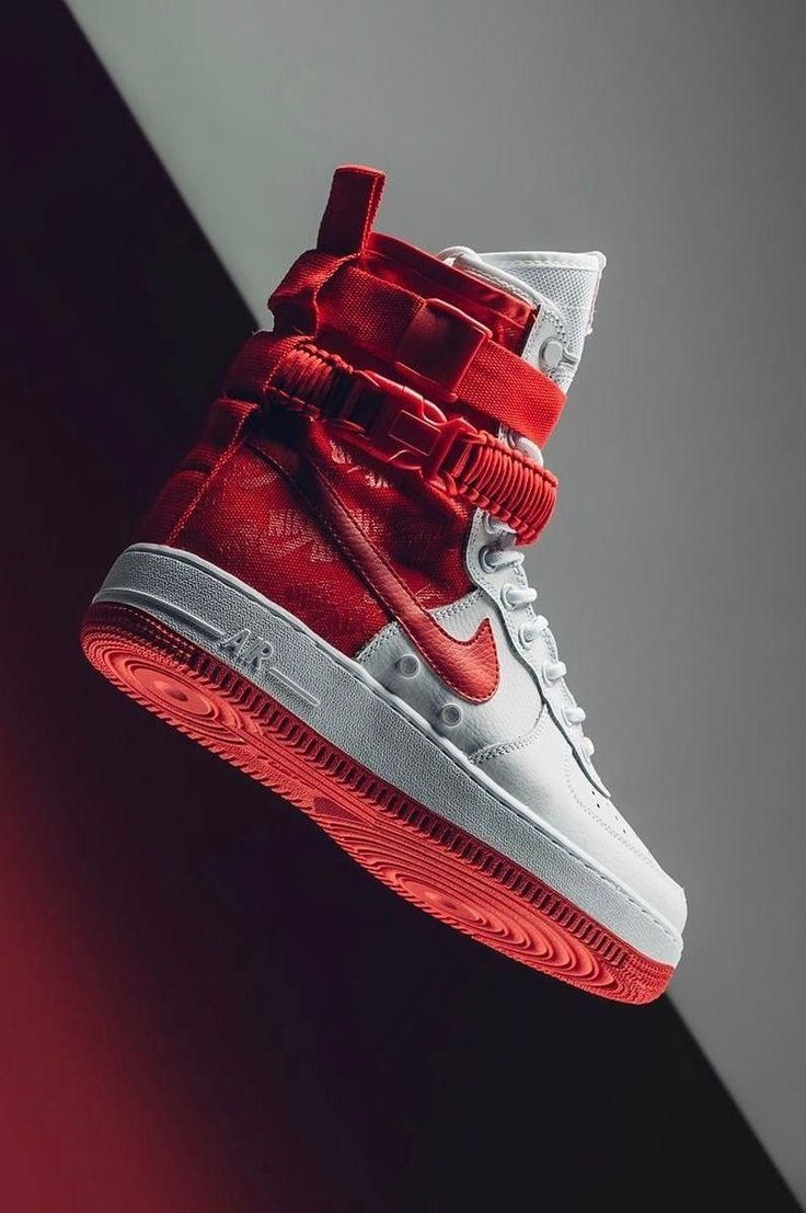 Nike SF Air Force 1 High Nike SF Air Force 1 High | Pour des hommes,