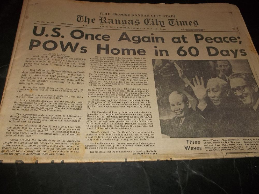 Vintage Kansas City Times 1972 US at Peace POW Home in 60 Days Movie Black Girl