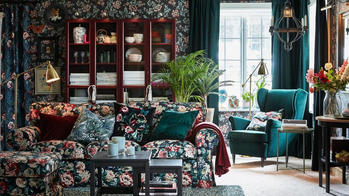 Populære The eye-popping floral upholstery on the Ektorp footstool (£95 TW32