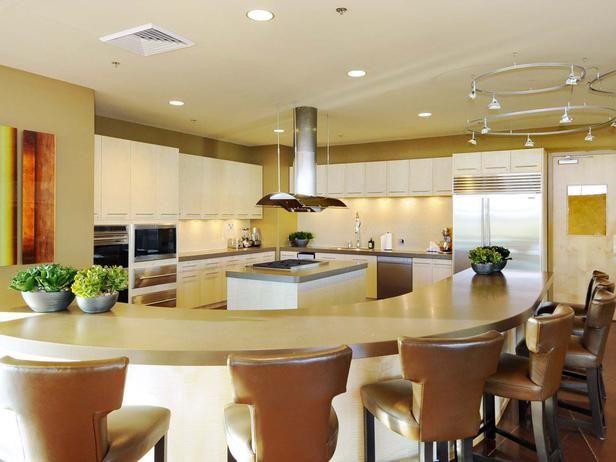Modern Kitchen Eating Area Pro Galleries Hgtv Remodels From Hgtvremodels Com Modern Kitchen Kitchen Eating Areas Kitchen Remodel Small