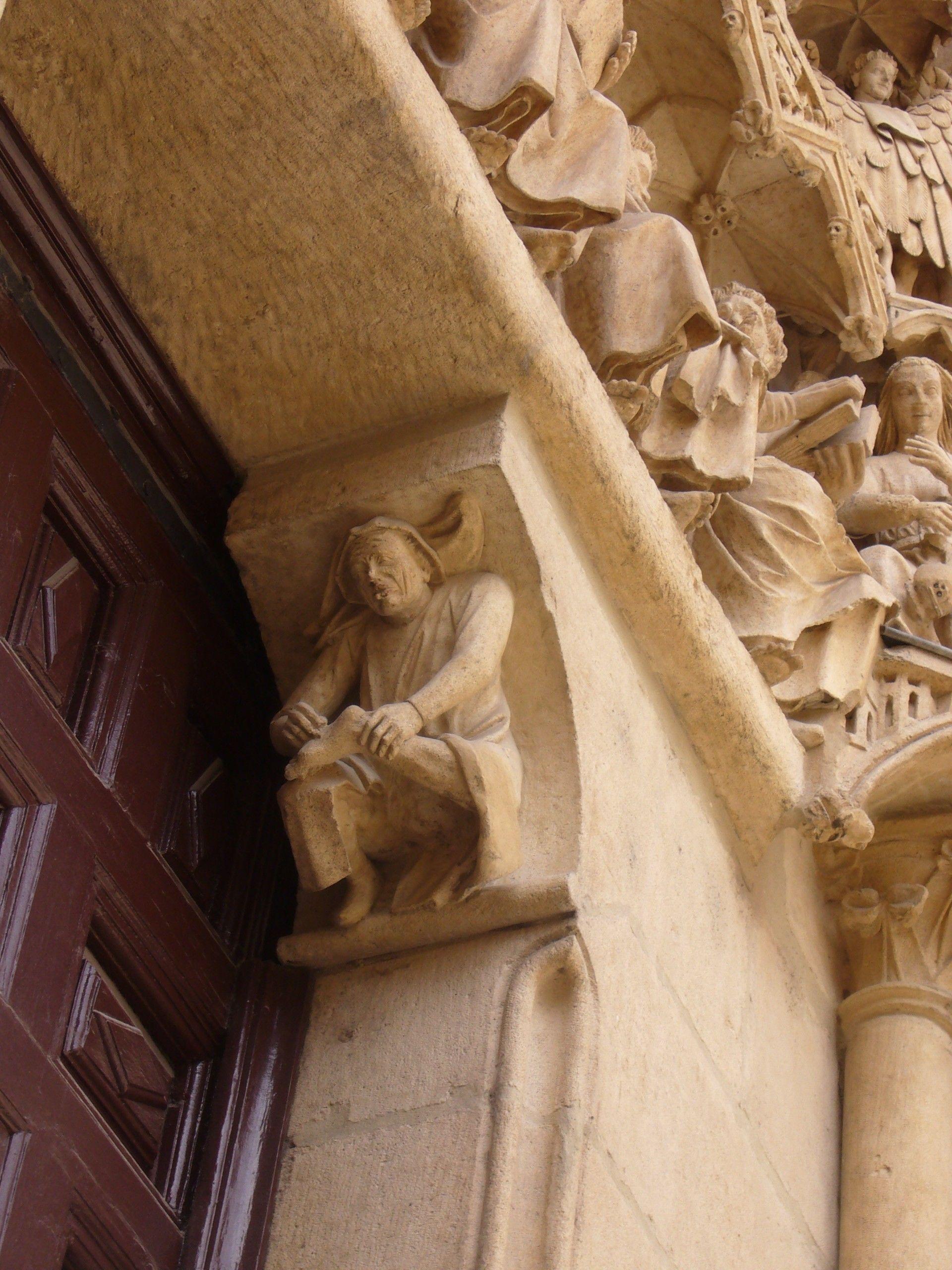 Entrada en la catedral de Burgos.