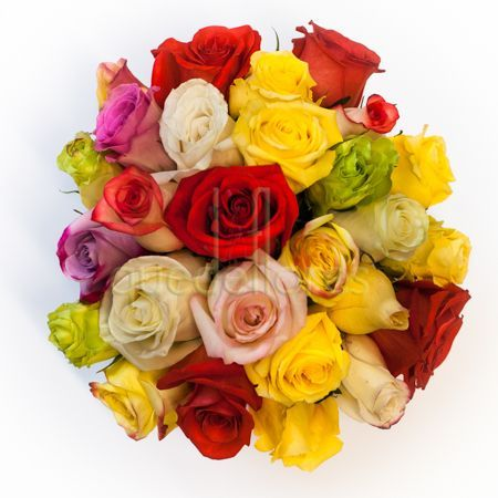 Cubito de rosas arcoiris. Una composición llena de colorido y energía #regalaflores