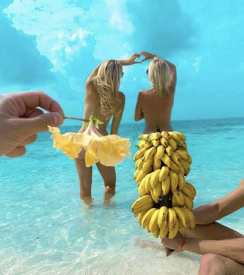 Everyones going bananas over our 2 for 1 eyelash