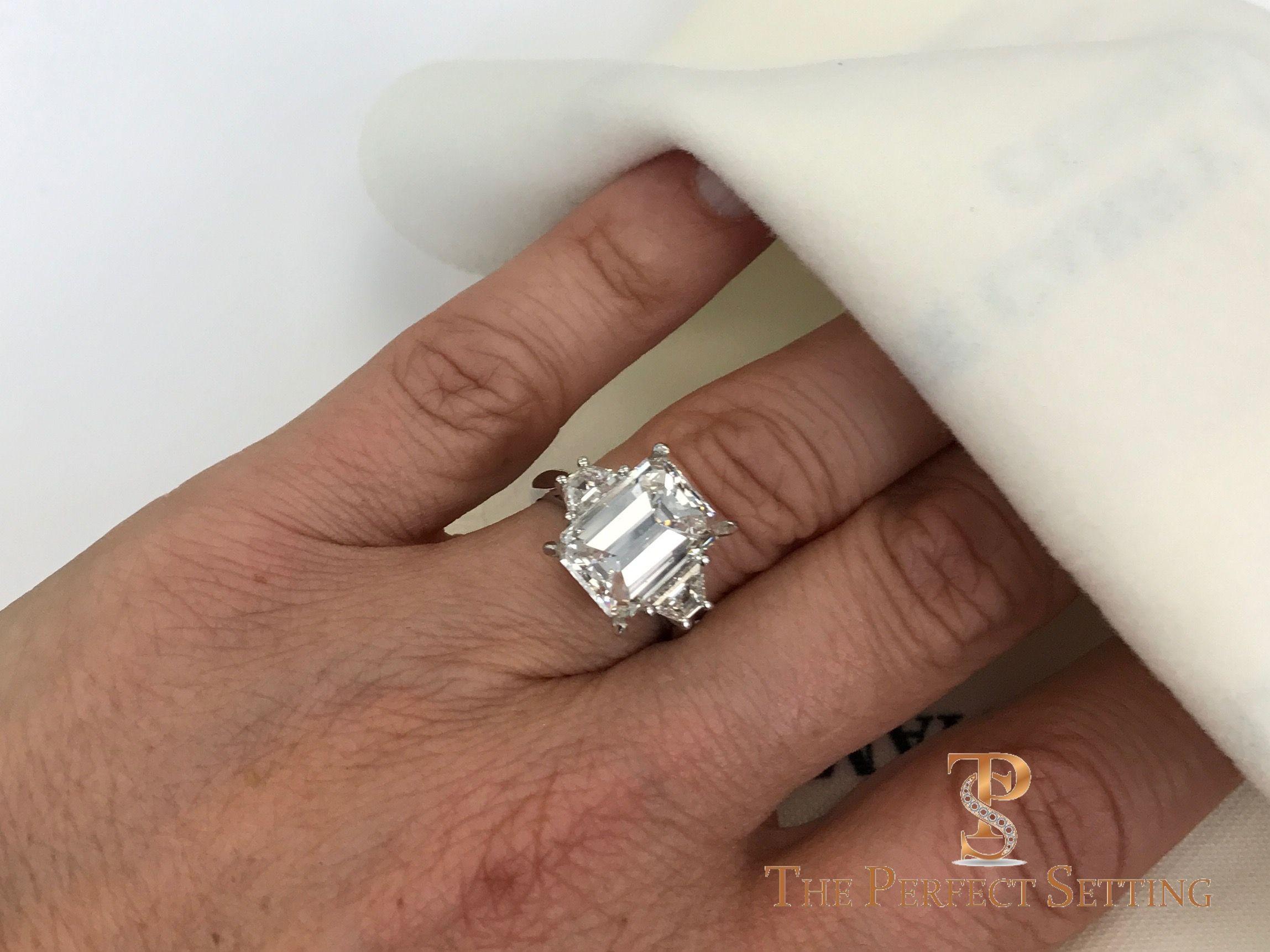 Pin On Engagement Ring Selfies